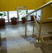 Hotel Zolotoi Lev