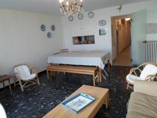 Rental Apartment Face Plage Et À 2 Pas De Tous Commerces 1