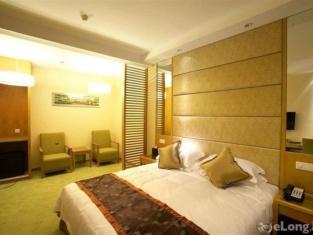 マイフィール ホテル()