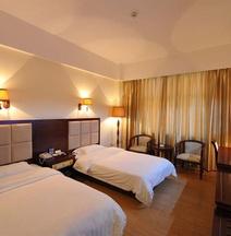 Zelin Hotel