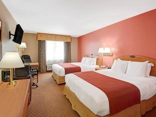 Days Inn & Suites by Wyndham Airport Albuquerque