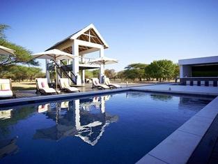 Emanya@Etosha Game Lodge