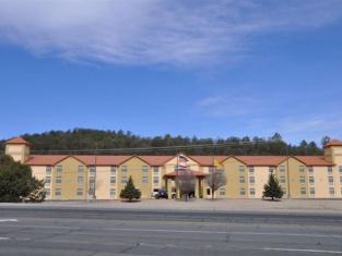 Ruidoso Mountain Inn