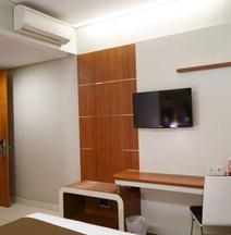 Citihub Hotel @Mayjend Sungkono, Surabaya