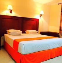 Hotel Dynasty