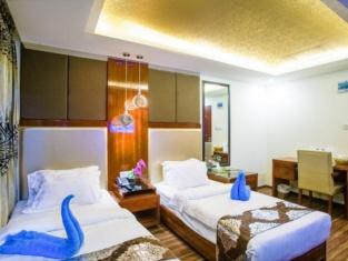 ホテル ヌールジャハン グランド