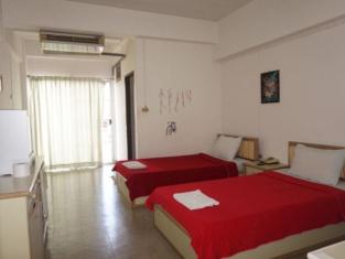 M In Korat Service Apartment