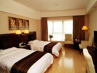 GreenTree Inn Lianyungang Suning Square Hualian Mantion Hotel