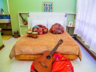 Flotsam and Jetsam Artist Beach Hostel La Union