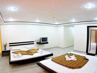 Hotel Sai Geeta