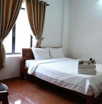 Coco Hill Hotel