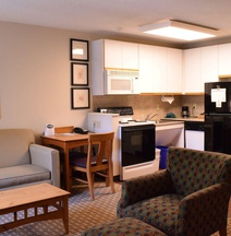 Cresthill Suites Syracuse