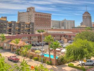 Super 8 Fresno Convention Center Area