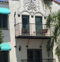 The Eagle Inn
