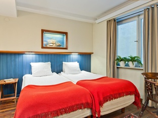 Collector's Lord Nelson Hotel