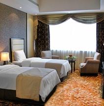 โรงแรมพารากอน