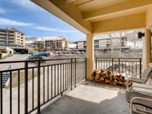 Updated 2Br Condo With Mountain Views Condo