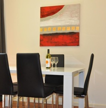 RNR Serviced Apartments Adelaide - Sturt St