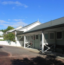 Ash Grove Boutique Motel