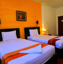 Best Central Point Hotel