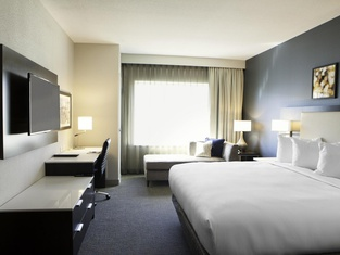 Doubletree By Hilton Hotel Minneapolis - University Area