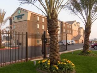 WoodSpring Suites Bakersfield