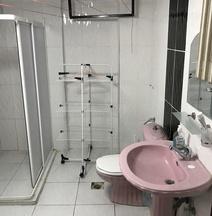Adana Hostel