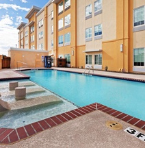 La Quinta by Wyndham Dallas Love Field