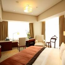 東怡大酒店