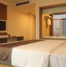 โรงแรมเมือง ทัญ กัวดอง