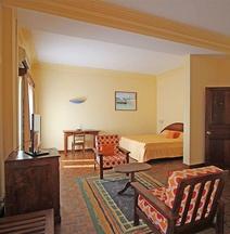 Hotel le Colbert