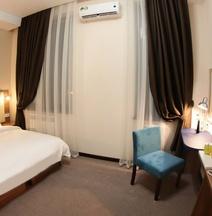 Sayyoh Hotel