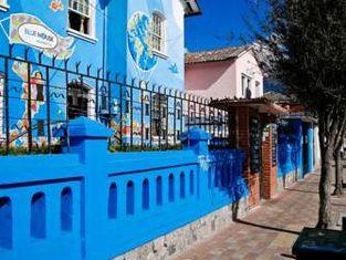 Blue House Youth Hostel