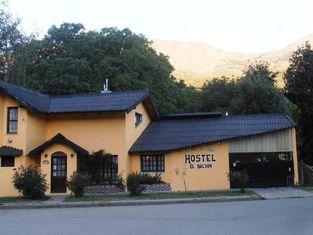 La Casa del Arbol - Hostel El Bolsón