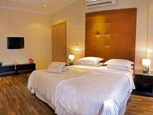 Almakan Hotel 105