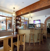 Qingzhilian Green Valley Boutique Hostel