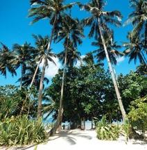 El Nido Mahogany Beach