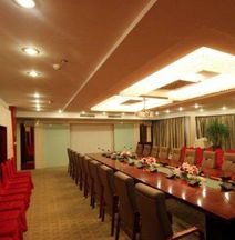 Huaqiang Hotel