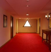 Ledger Plaza Bissau Hotel