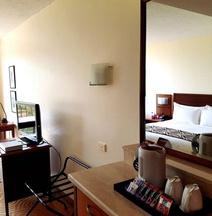 莫士比港皇冠假日酒店公寓