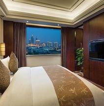 グアンドング ホテル 上海 (上海粤海酒店)