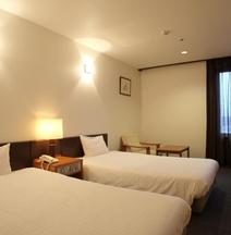 โรงแรมฮาโกะดาเตะ รอยัล