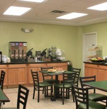 Best Western Plus Newport News Inn & Suites