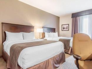 Holiday Inn Express Halifax-Bedford