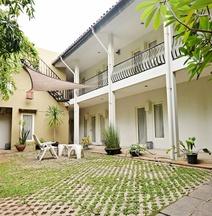 Zen Rooms Mampang Prapatan
