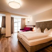 Aparthotel Dorfplatzl Garni