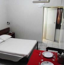 ホテル サンブラ