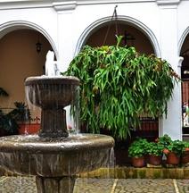 ホテル ラ プラズエラ