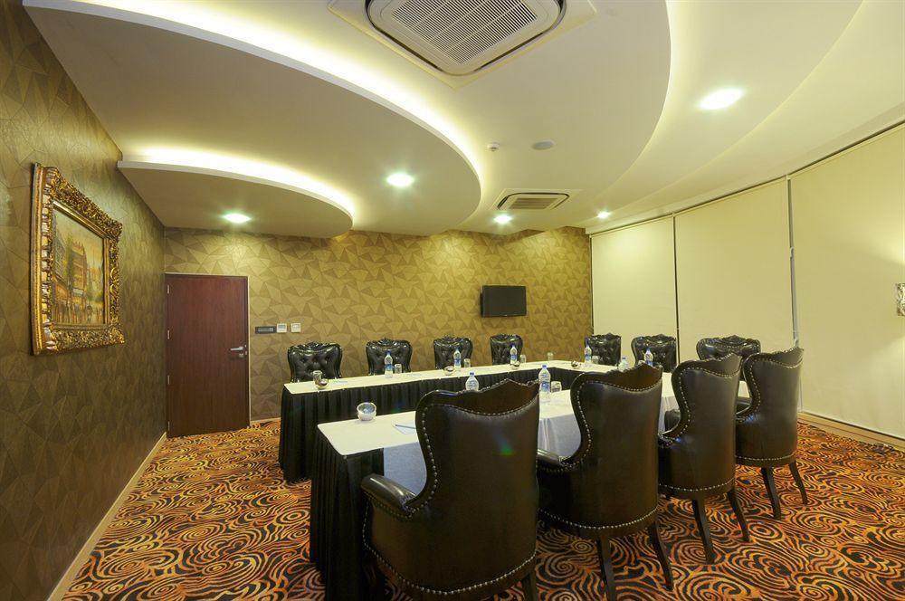 site de rencontre à Rajkot