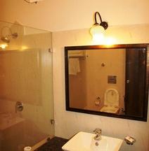 Suryaa Villa - A City Centre Hotel